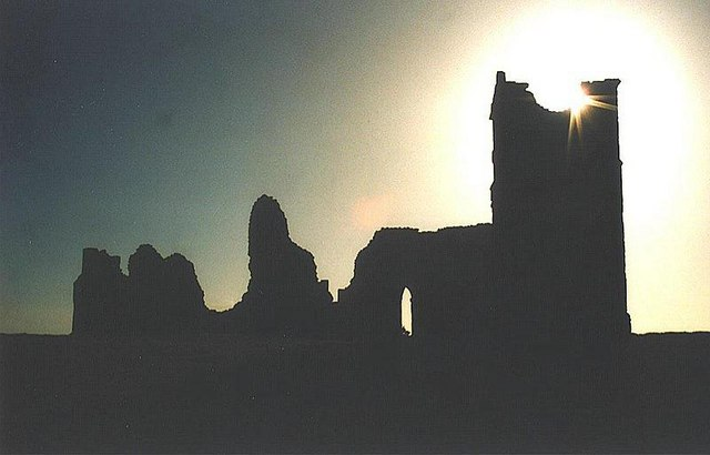 Knowlton: the church in silhouette