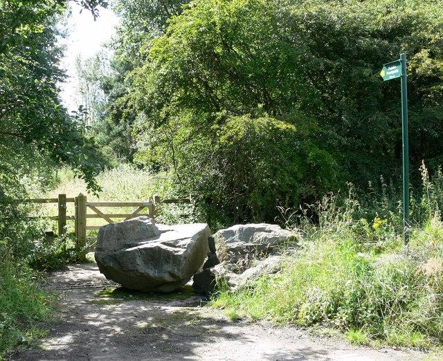 Footpath near Cliffe Hill Quarry