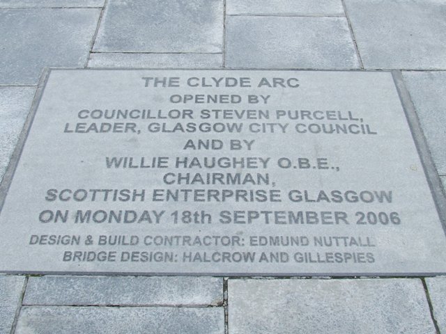 Clyde Arc plaque