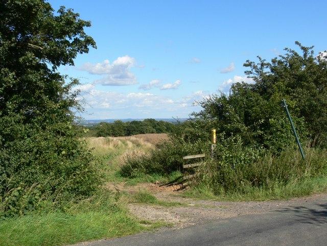 Public Footpath to Grey Lodge Wood