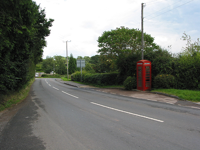 Phone box at Crow Hill