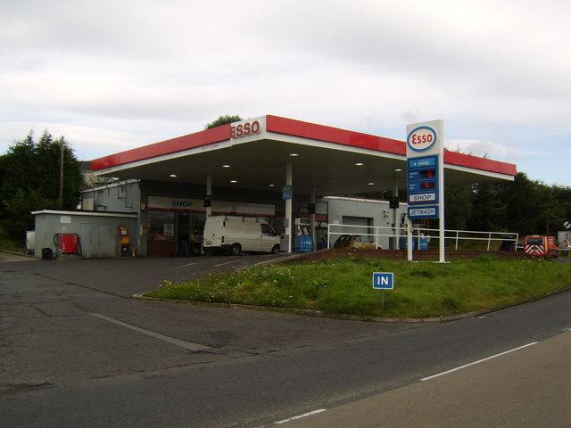 Esso garage, Stockiemuir Road