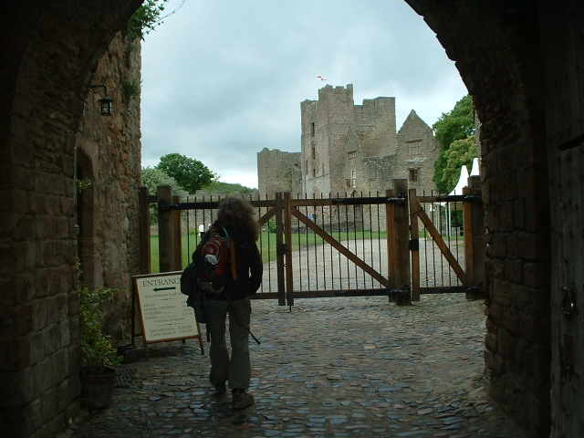 Looking in through gate to Ludlow Castle
