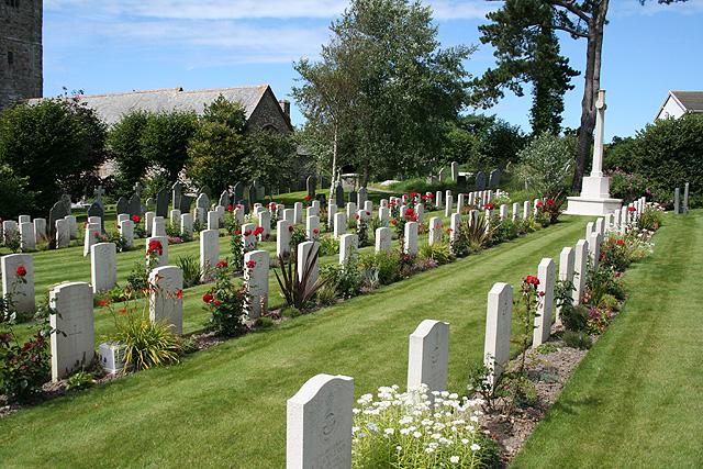 Heanton Punchardon: churchyard