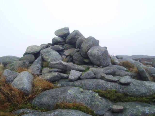 Craignelder cairn.