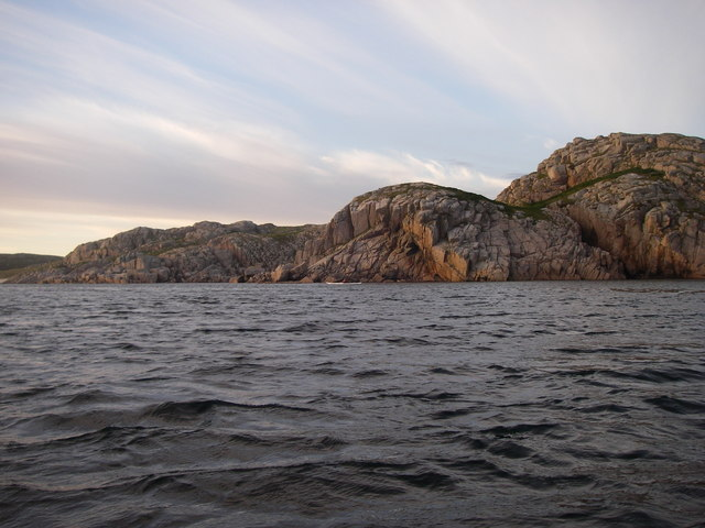 Chennel between Eilean Dubh and Ross of Mull