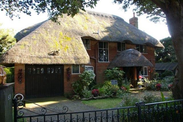 Quaint cottage, Pier Road
