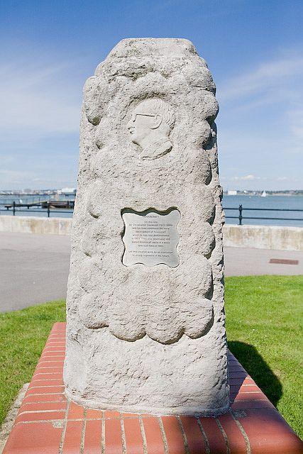Memorial to Sir Christopher Cockerell at Hythe