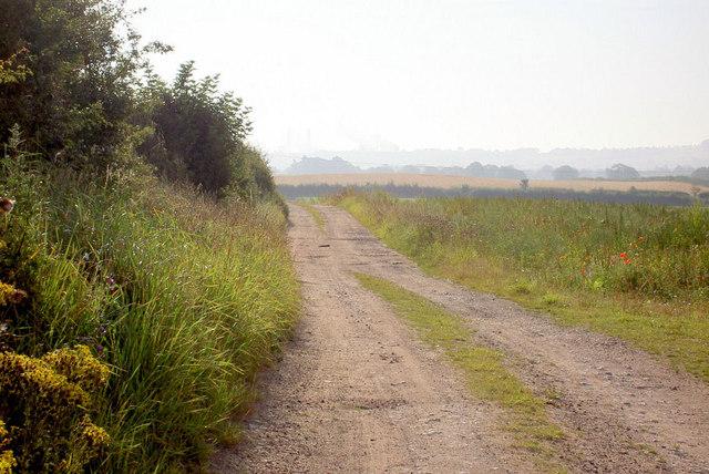 Looking east towards Retford road.
