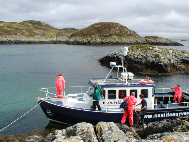 Survey boat moored on skerries west of Eilean Mor