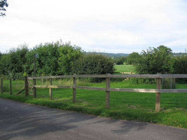 Footpath to Crocker's Farm