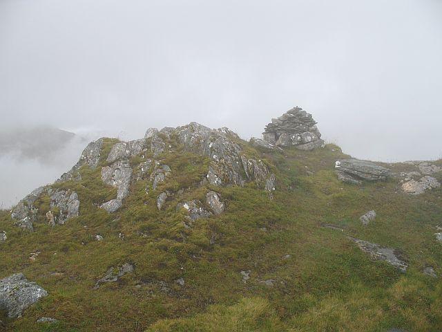 Summit cairn, Ben Aden