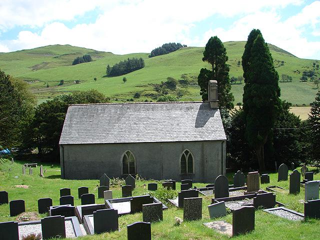 Ysbyty Cynfyn Church