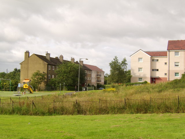 Old and new Drumchapel Housing