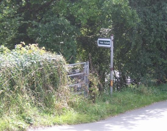 Public footpath to Oaken