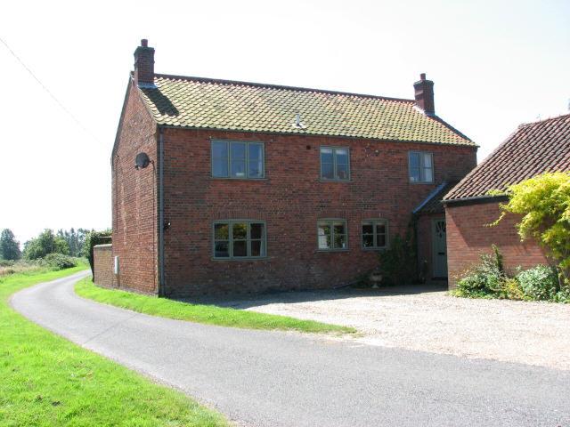 House near Laceys Farm