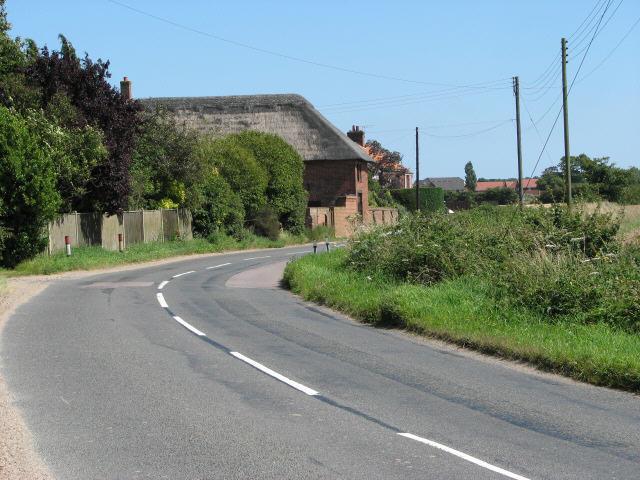 B1145 past Bradmoor Farm