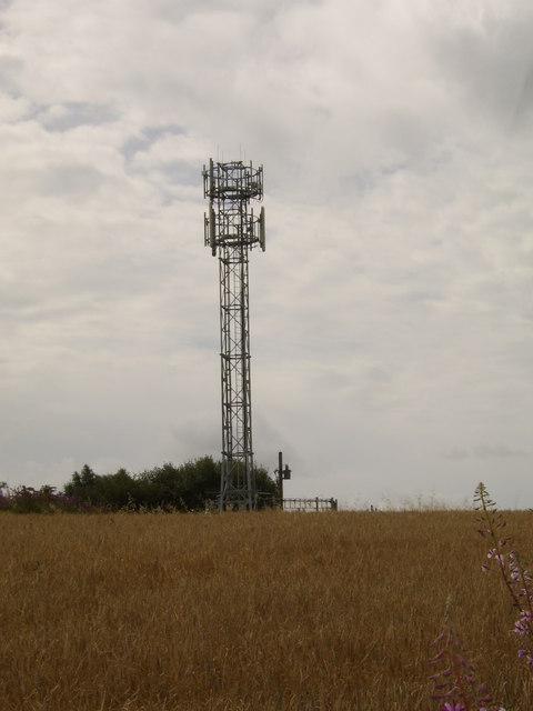 Mobile phone mast near Erskine
