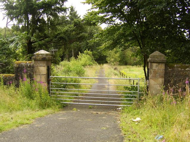 Gate at road to Southbar Farm