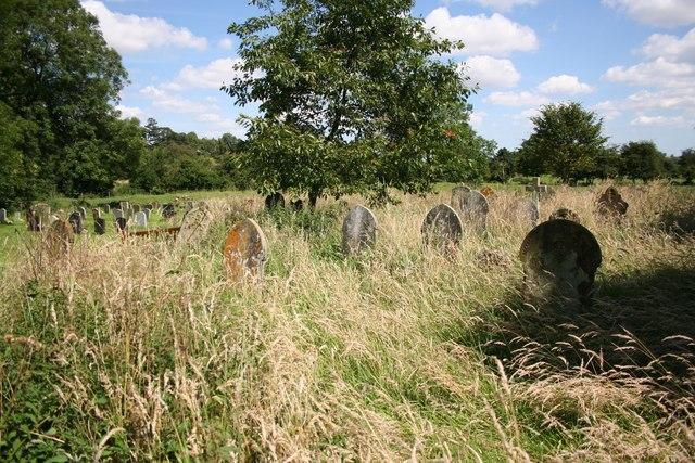Tetford churchyard