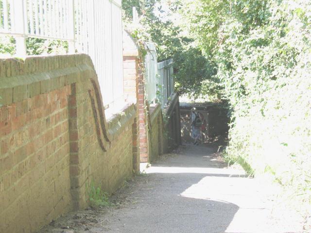 Footpath to Tenterden station