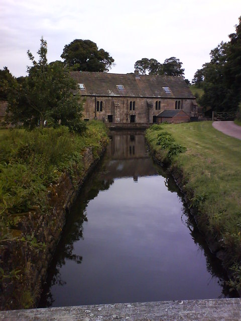 Fountains Mill leat and mill pond