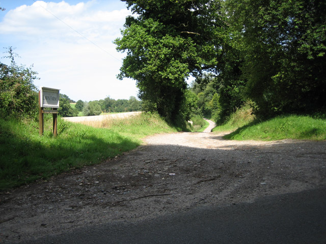 Entrance to Lawn Farm