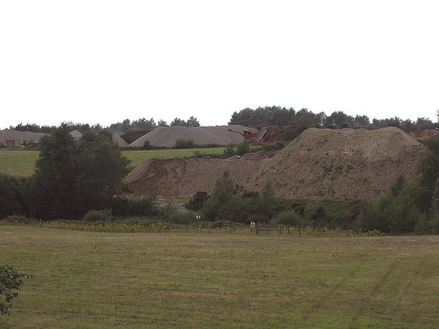 Sandpit beside Holt - Hunworth road