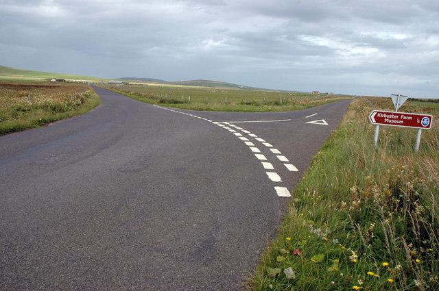 Junction of Hillside Road near Kirbuster Farm