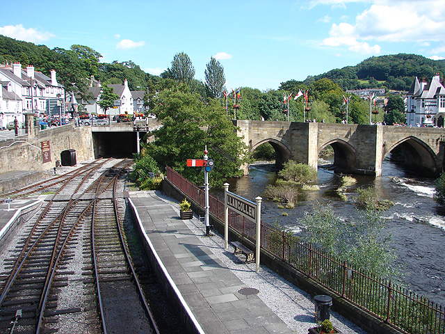 A view eastwards from Llangollen Station