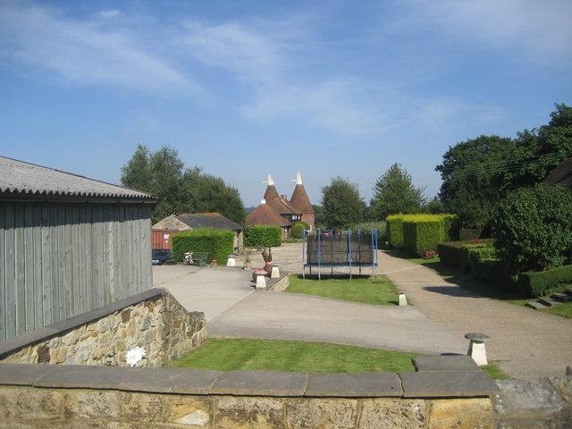 Delmonden Oast House, Horns Hill, Hawkhurst, Kent