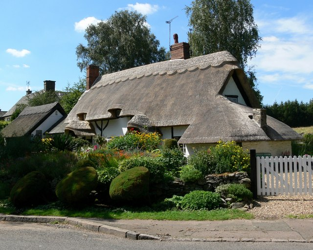 Pest Cottage in Old Woodhouse