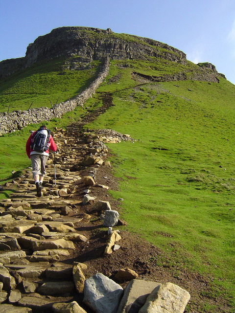Pen-y-ghent ascent