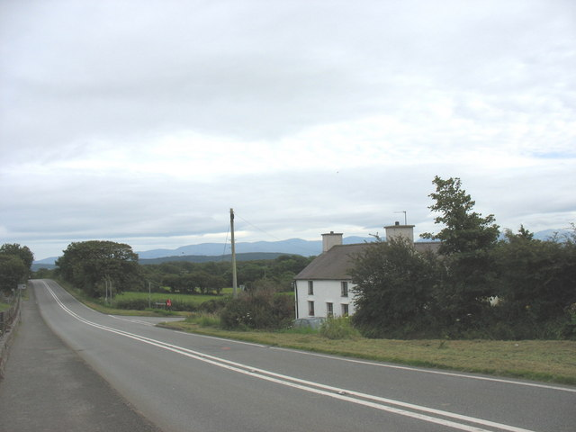 Siop Segur and the B5108 road