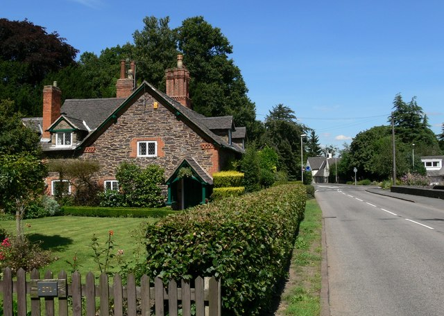 Forest Road, Woodhouse