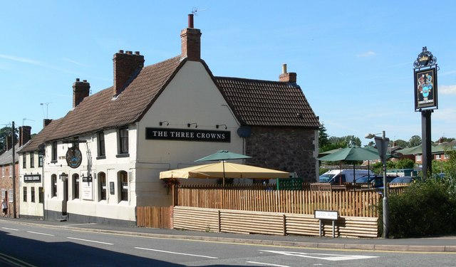 The Three Crowns, Barrow upon Soar