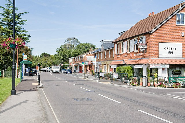 Shops in Beaulieu Road, Dibden Purlieu