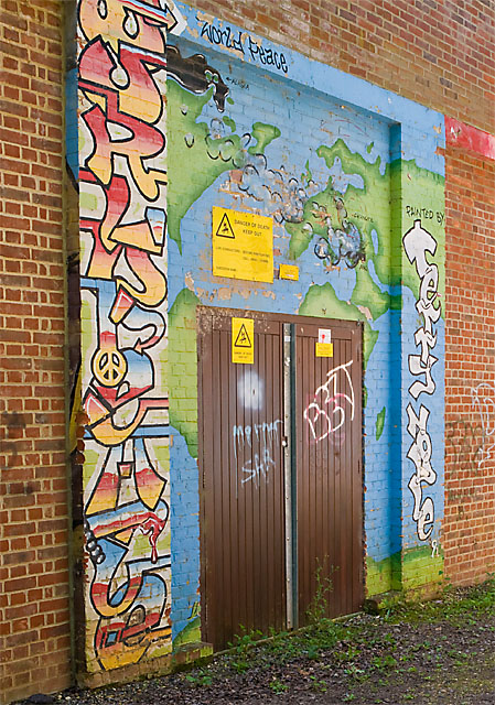 Graffiti on door of Butts Ash electricity substation