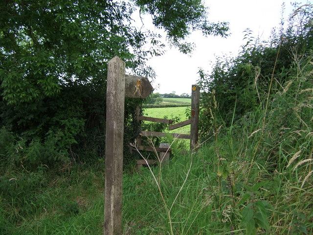 Stile near Maen Melyn