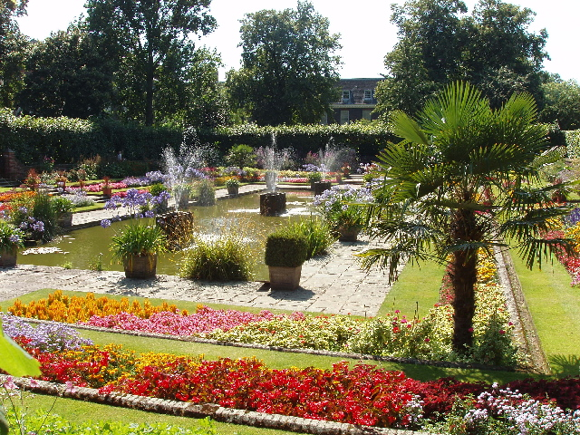 Sunken garden, Kensington Palace