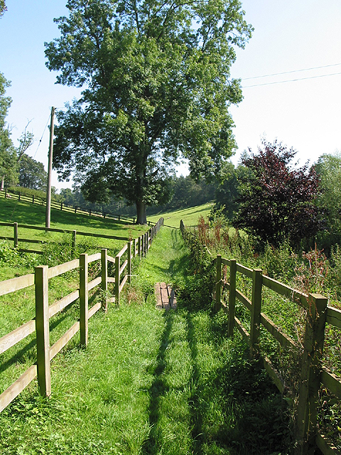 The tempting footpath