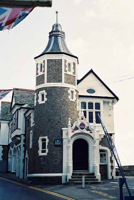 Lyme Regis: Guildhall