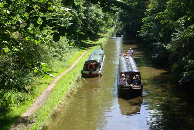Shropshire Union Canal, near Lapley Wood Farm