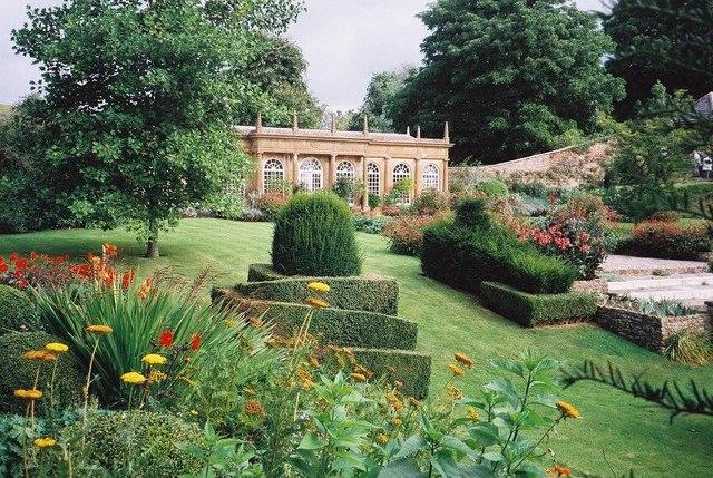 Mapperton: formal gardens