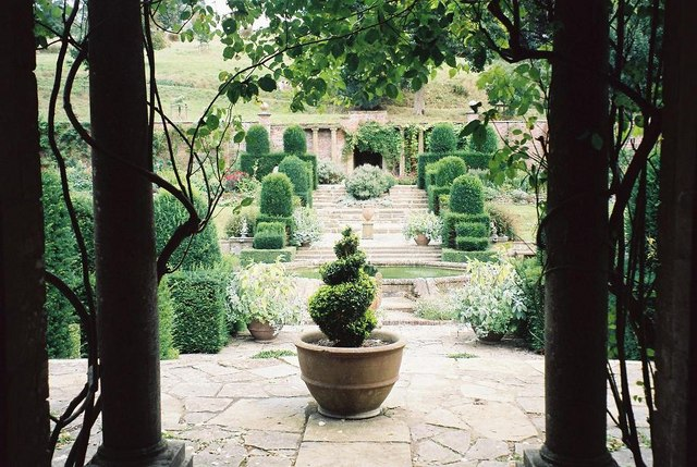 Mapperton: from one gazebo to the other