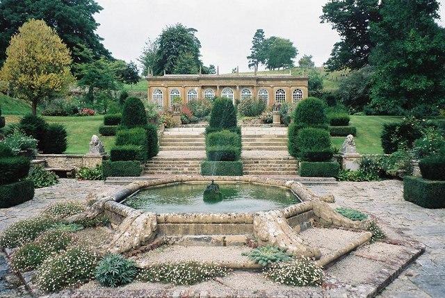 Mapperton Gardens: fountain and Orangery