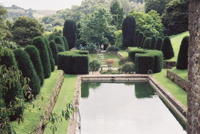 Mapperton Gardens: two ponds
