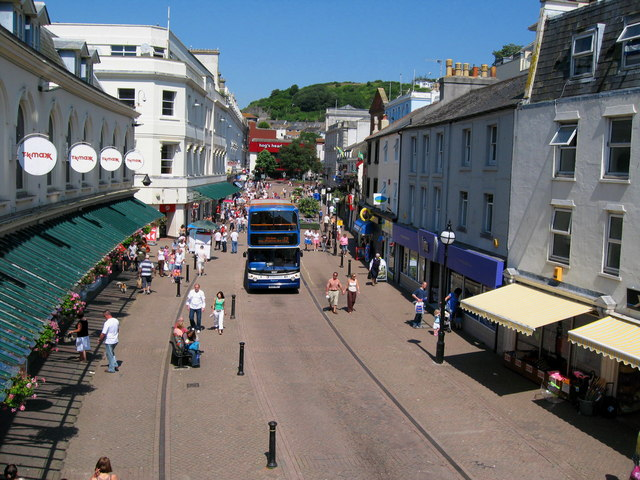 Fleet Street Torquay in Summer