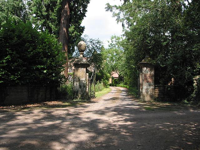 Entrance to Caradoc Court