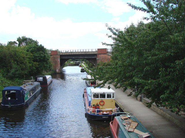 Narrowboats at the Moorings of the Navigation Pub